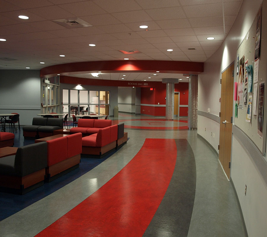 Heth-Hall-left-corridor