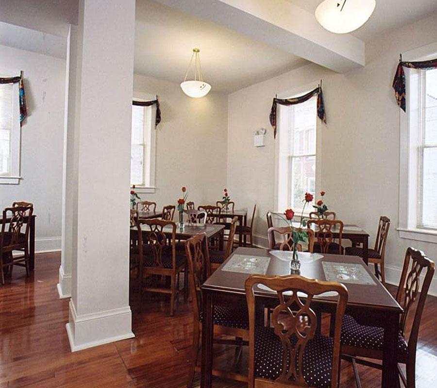 Shenandoah Hotel dining
