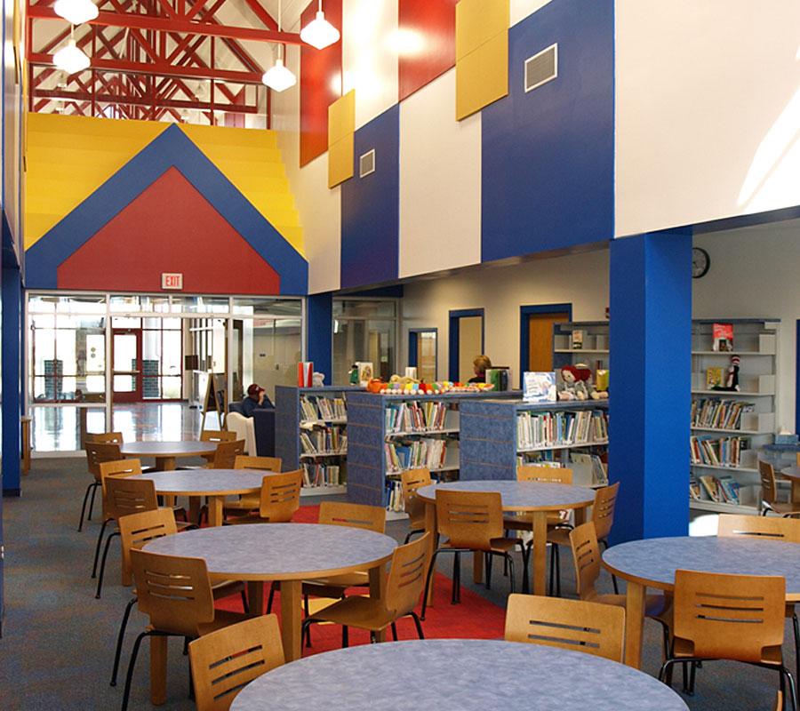 Riverlawn Elementary radford library