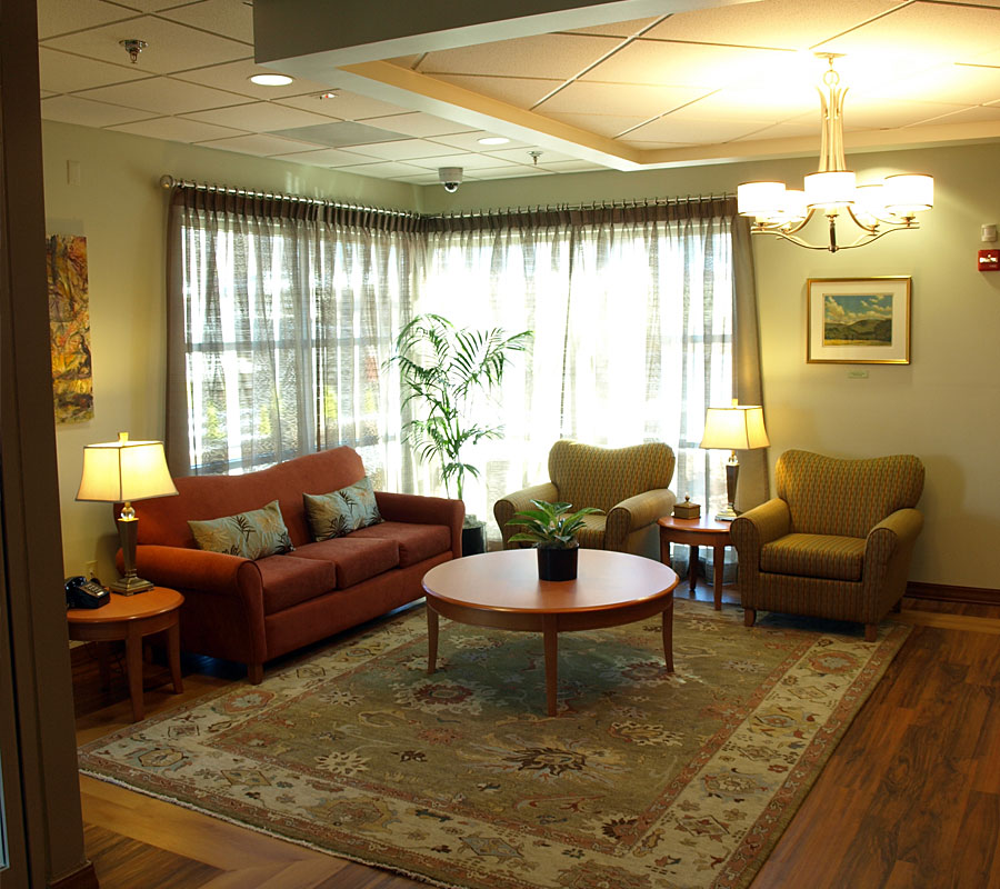 Dawson Inn - Living Room