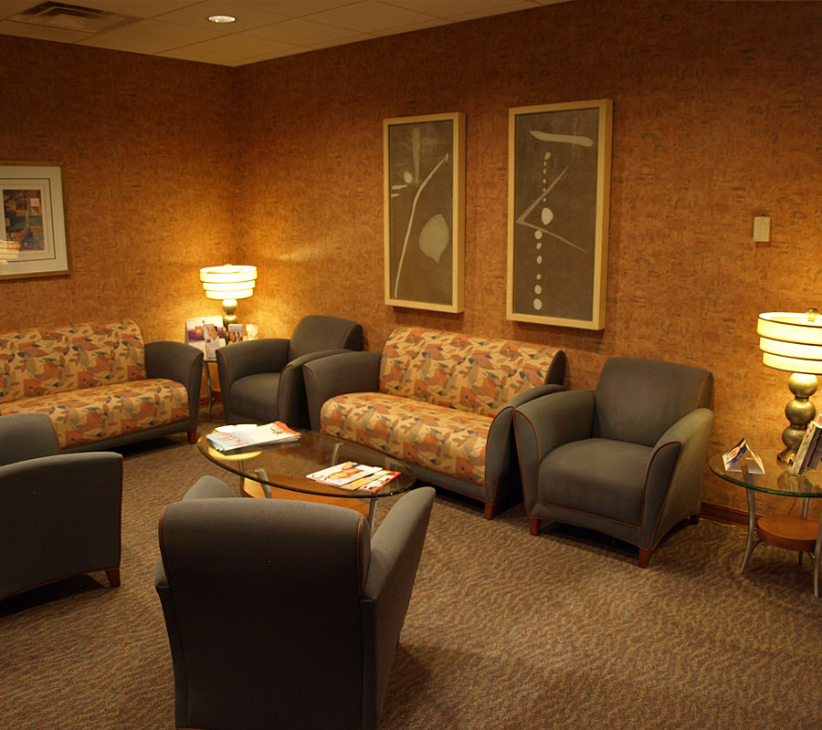 Center Plastic Surgery Salem VA waiting room2