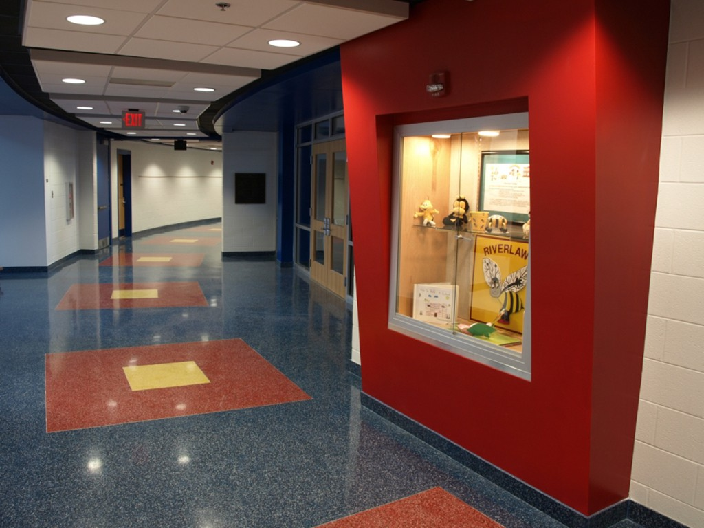 Riverlawn Elementary school hallway