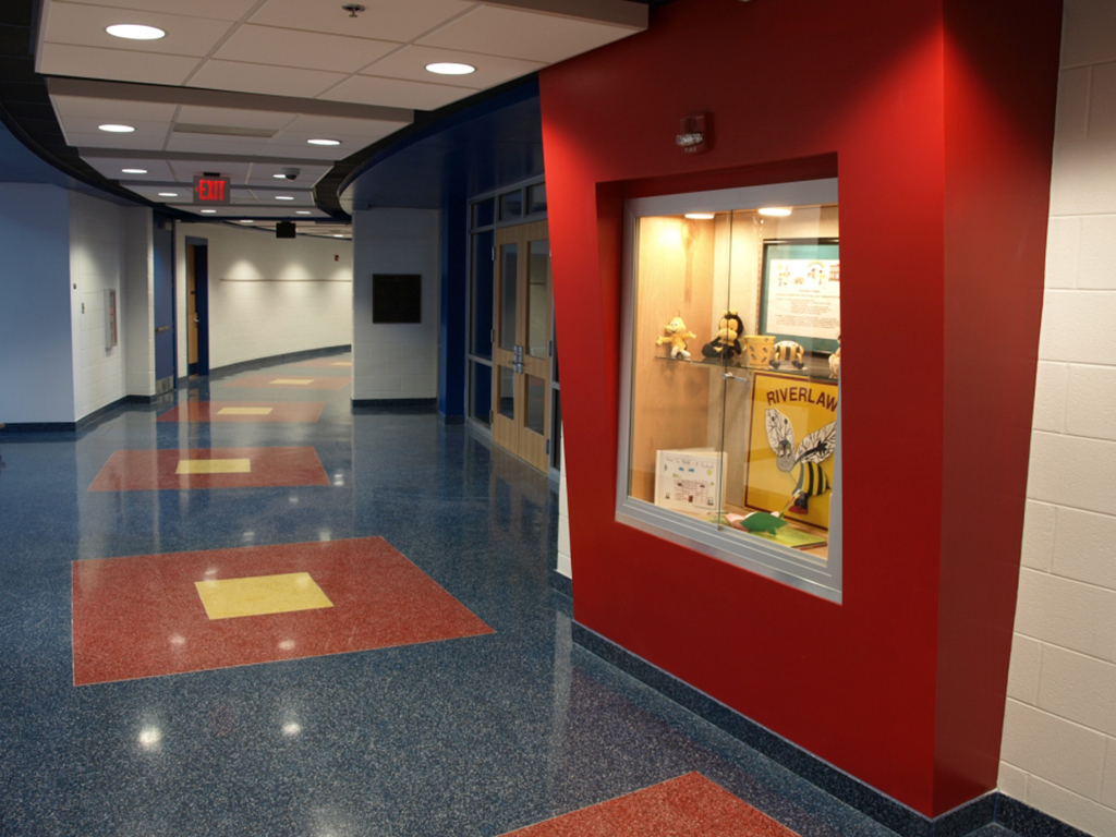 Corridor Roof Design: Riverlawn Elementary School